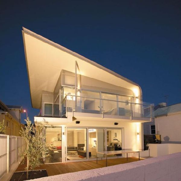 Curtin Avenue Home With Roof Form Curved Design In Perth